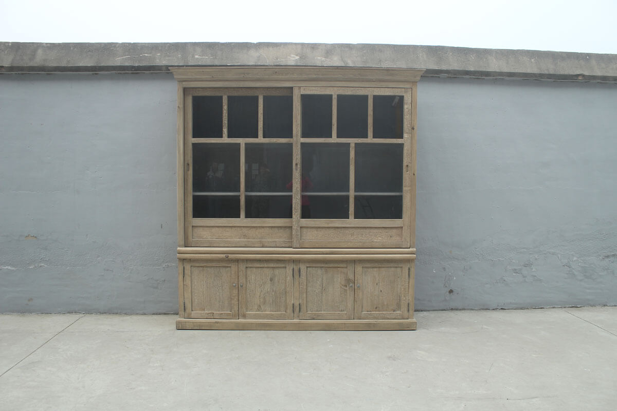 Koop Kabinetkast met 2 schuifdeuren en 4 deuren onder