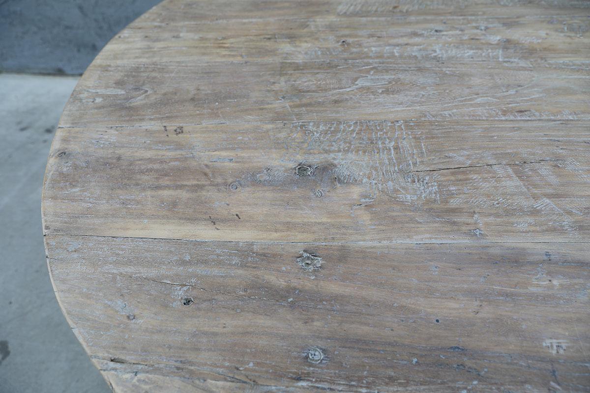 Koop Tafel met metaal onderstel